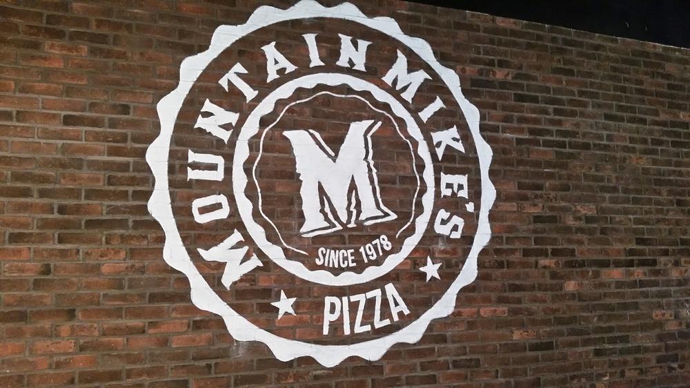 mountain-mike-s-restaurant Mural - Muralist Carolee Merrill